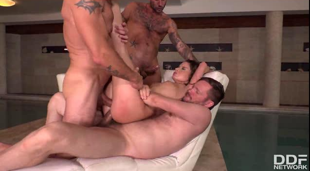 HandsOnHardcore – Triple Dick Gangbang – Anita Bellini