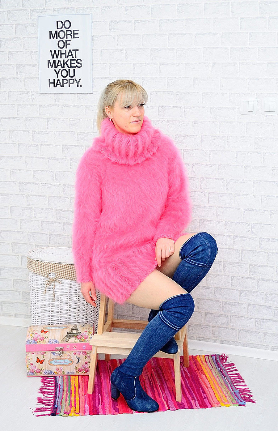 72772498_flamingo-fluffy-handmade-3.jpg