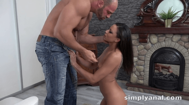 SimplyAnal – Cassie Del Isla – Ass Mouth Action