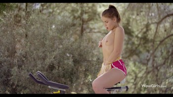 WowGirls – Ride Bicycle – Ulia Want