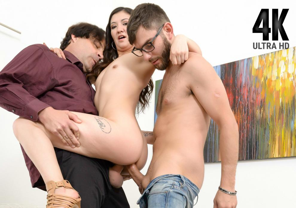 Spizoo – Coralee – Summers First Ever