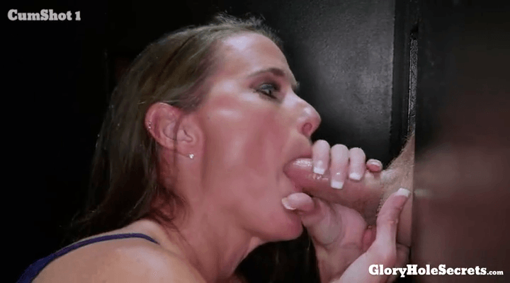 GloryHoleSecrets – Sofie Marie – First Glory Hole