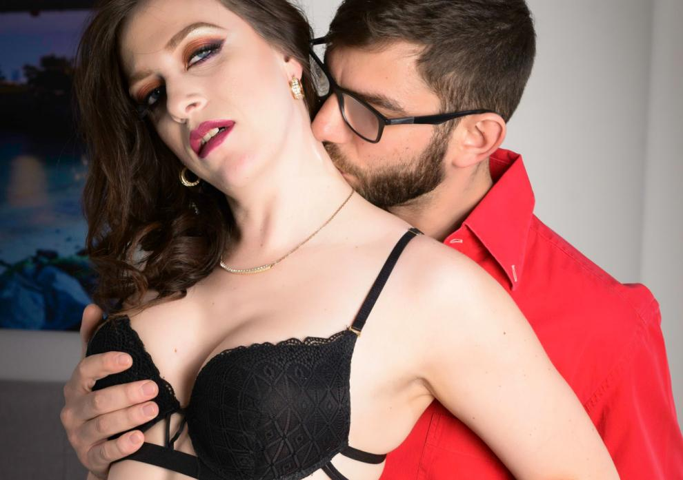 Spizoo – Shelby Paris – Obsession