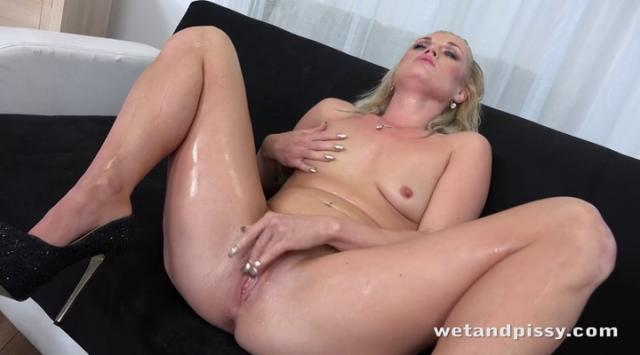 WetAndPissy – Angella Luxx – Soaking The Tabletop
